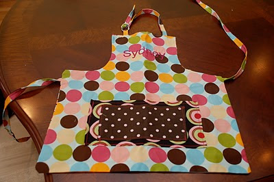 Adorable Aprons   DIY