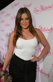 http://1.bp.blogspot.com/_mnrm2gz9NNs/SrlFYYm0u4I/AAAAAAAAAAs/zlX6FeoREpc/s320/khloe-kardashian-needs-bigger-clothes.jpg
