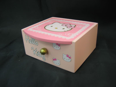 hello kitty jewelry boxes