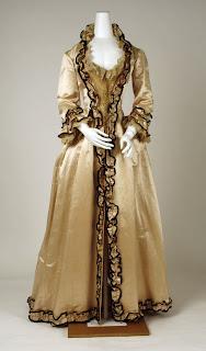 Tea gown - Wikipedia