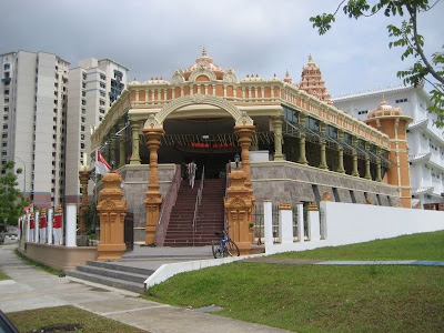 Singapore Temple Picture on Gnana Muneeswarar Temple  Rivervale Crescent Sengkang  Singapore