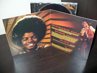 Michael Jackson the Remix Suite LC01846 - 2724523 booklet