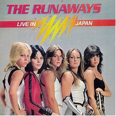 http://1.bp.blogspot.com/_msb7eQA-RFY/SkLxTFMIhPI/AAAAAAAABH0/w3DS8Cn71II/s400/the-runaways-live-in-japan.jpg