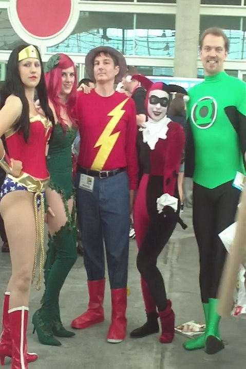 Cosplayers as Wonder Woman, Poison Ivy, Justice Society-era Flash, Harley Quinn and Green Lantern. Photo by Jimmy J. Aquino.
