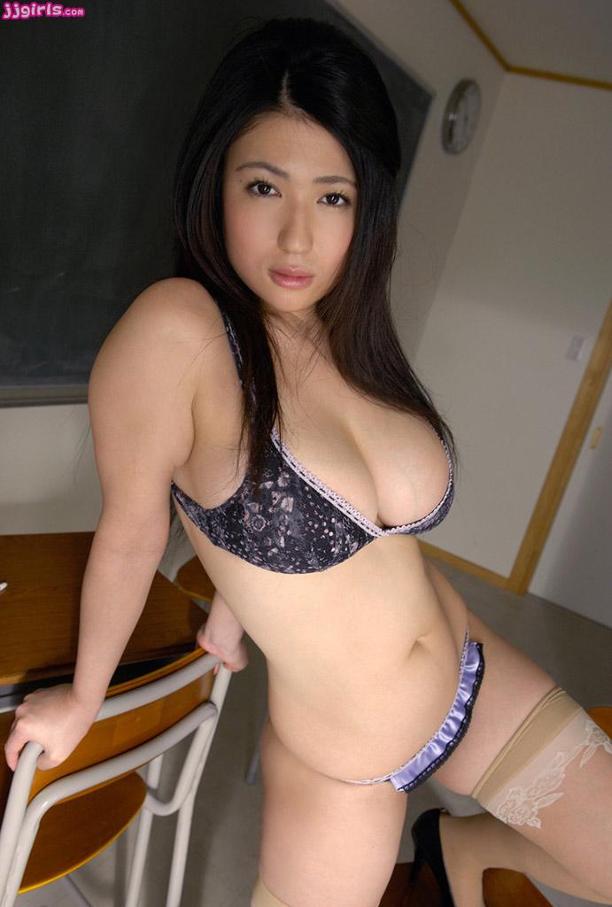 nonami takiza sexy bikini photos 02