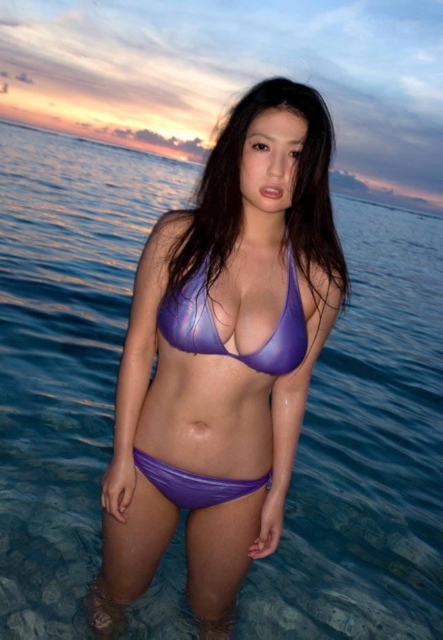 nonami takizawa sexy bikini pic 02