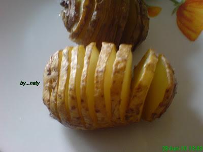 Articole culinare : CARTOFI HASSELBACK