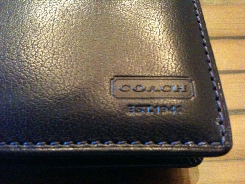 Secretbargains3 Coach Mens Black Water Buffalo Leather Bi
