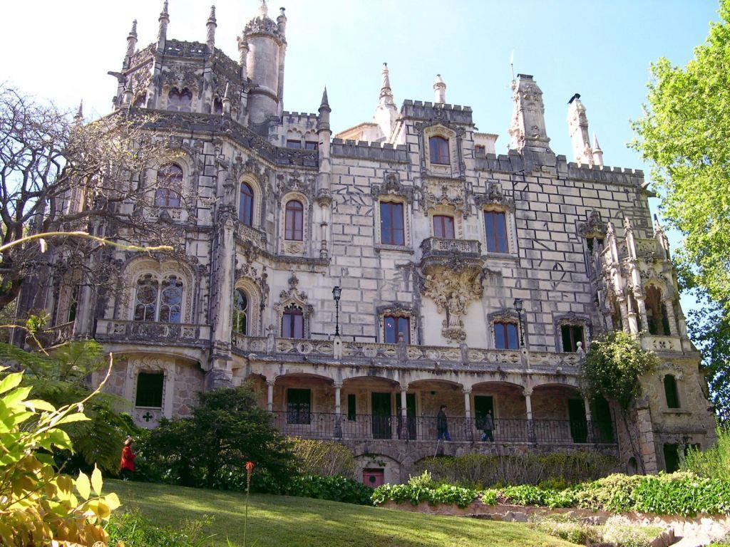 Matin lumineux les palais comme je les aime for Architecture neo gothique