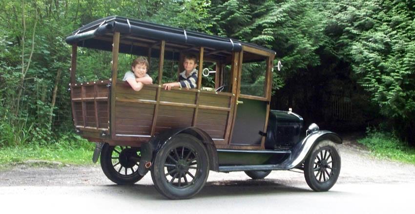 Le garage de la nationale 7 ford t 1926 08 paris for Garage peugeot levallois
