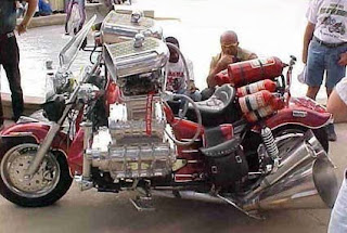strange motor cycle pic