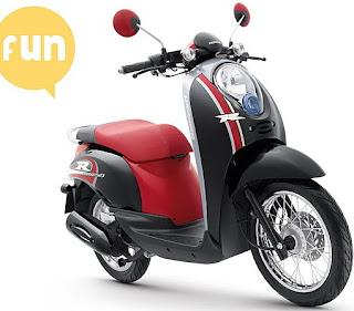cute color options Honda Scoopy 1