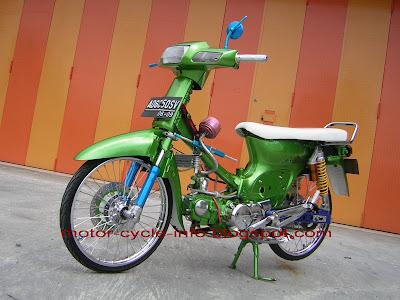 Motor honda grand modifikasi green air brush hijau