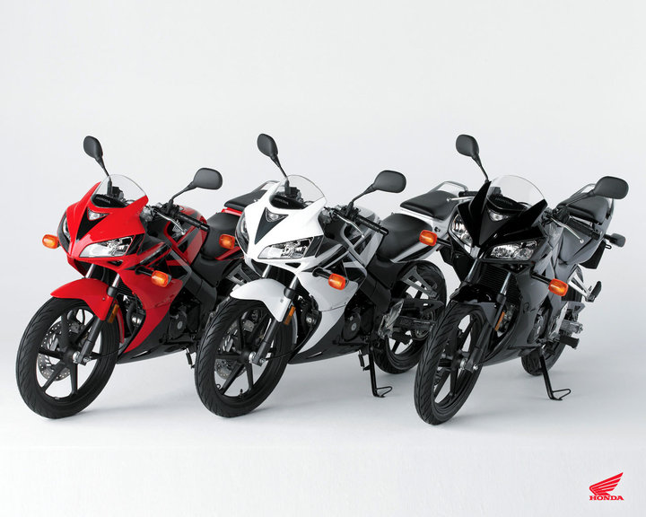 Honda CBR 125R color limit edition