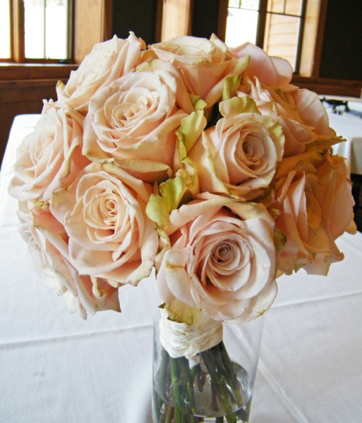 This bridal bouquet was made of all premium roses that were a light pink