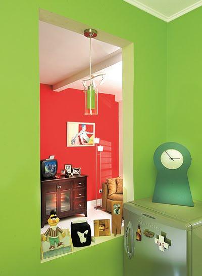 contoh warna dinding rumah yang cantik i paduan warna berani hijau dan ...