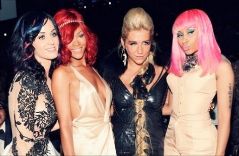 Super hero style at the 2010 VMA's- Rihanna, Kesha, Katy Perry and Mary J