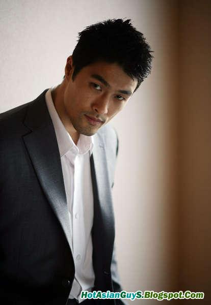 Johnny Tri Nguyen Hot Vietnamese Kungfu Actor Hot