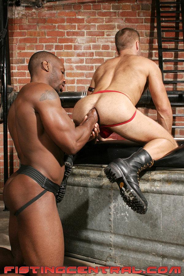 negros puño gay