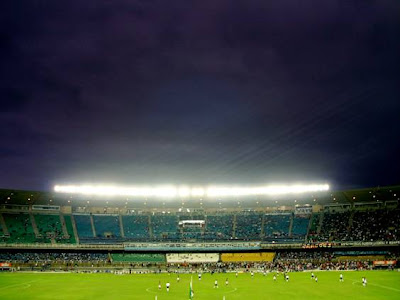 WORLD'S BIGGEST STADIUM..........BRAZIL MARACANA STADIUM............ RIO D.J............BRAZIL...............CAPACITY...199,000