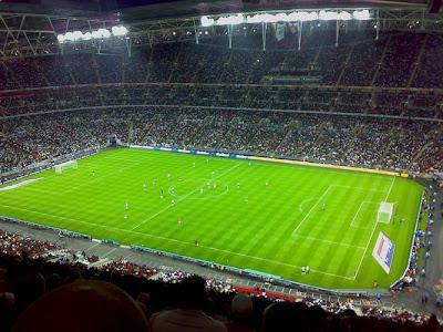 WORLD'S COSTLIEST STADIUM.........ENGLAND New WEMBLEY STADIUM, London....90, 000 capacities................cost.....$1.6 billion