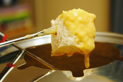 Homemade By Holman: Beer Cheese Fondue