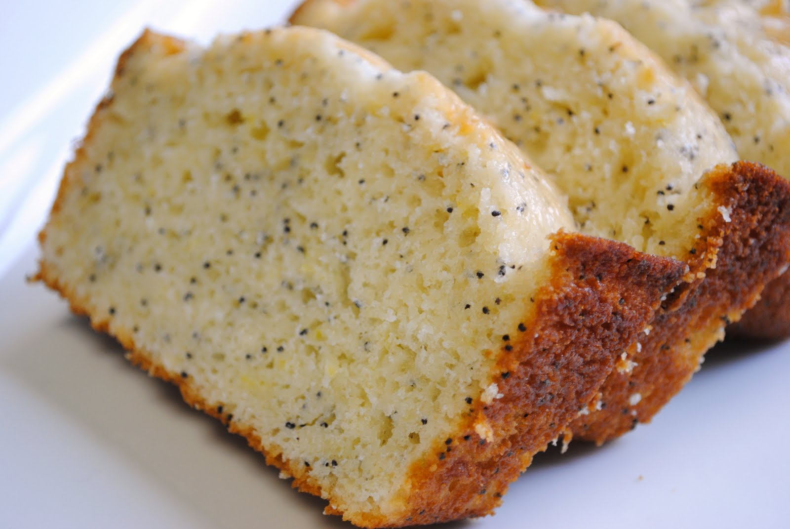 Homemade By Holman: Lemon Poppy Seed Bread