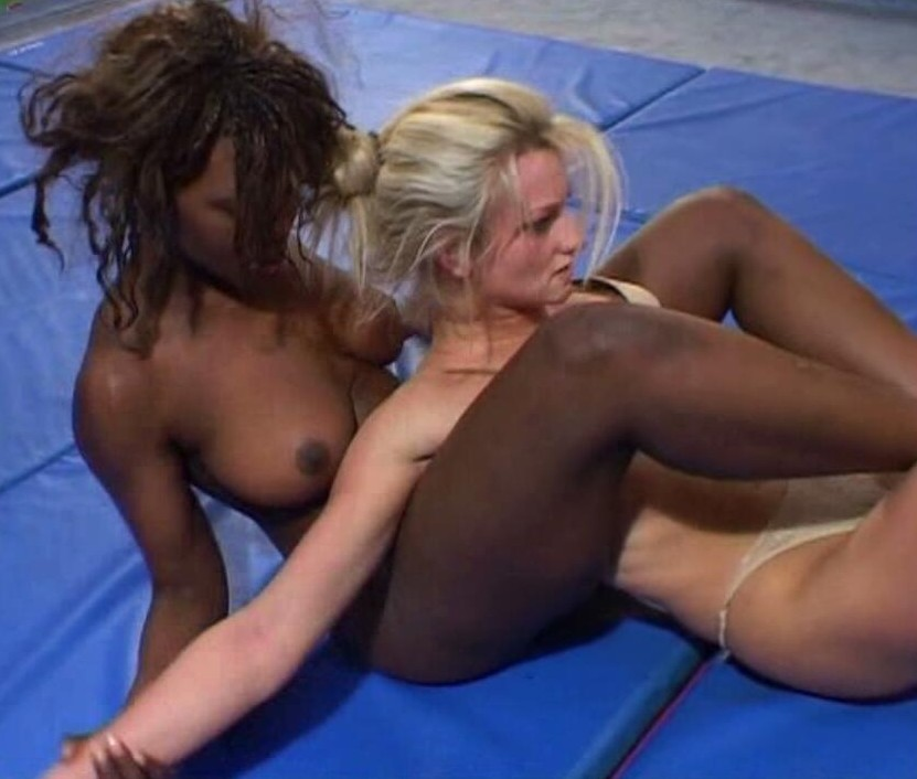 Interracial amateur wrestle