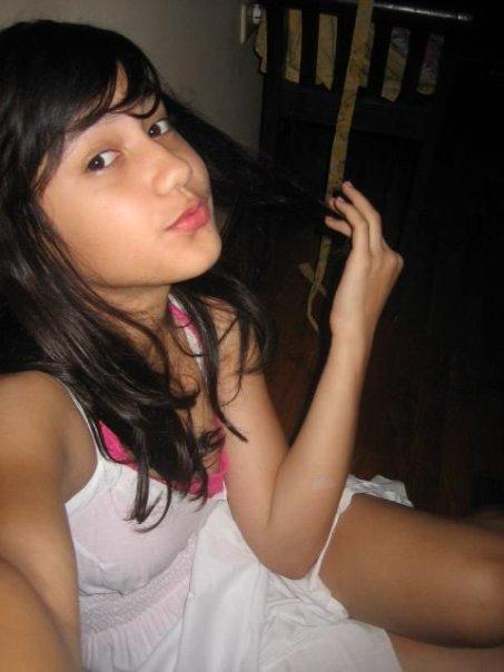 Foto Sexy Pevita Pearce-bambang-gene.blogspot.com