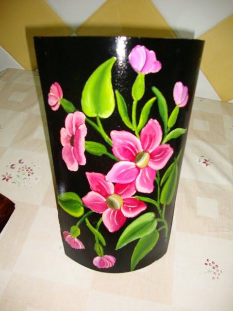 Manualidades candy teja con flores - Dibujos para pintar en tejas ...