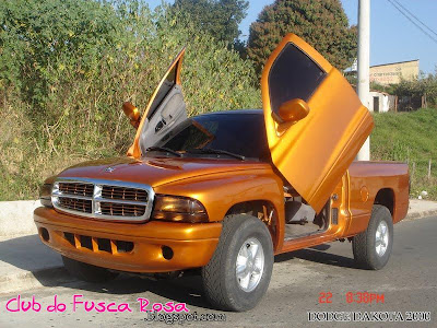 2015 Dodge Dakota http://clubdofuscarosa.blogspot.com/2010/01/dodge-dakota-2000-vende-se.html