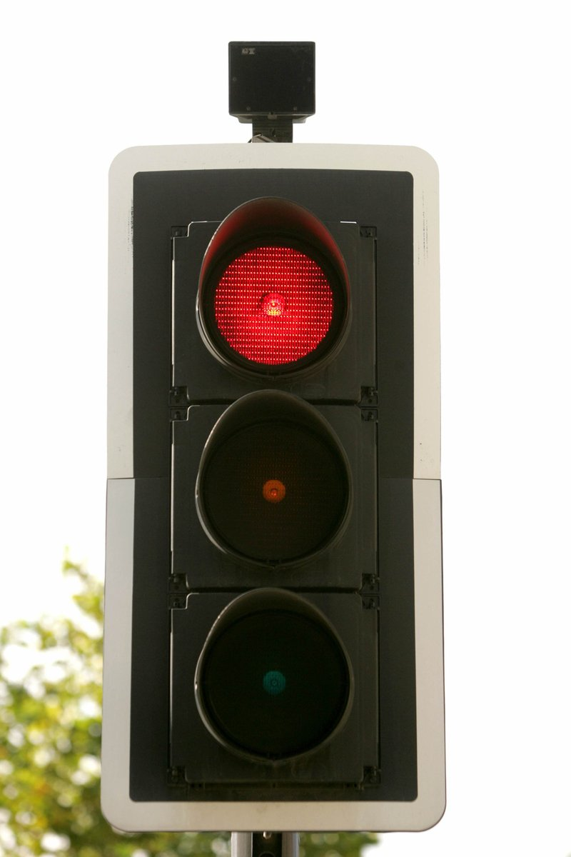 red traffic light Amazoncom: red traffic light one (1) piece of 215 inch traffic led baton light, in 6 red led with 6 green led, 3 flashing modes (red blinking, red steady-glow, green steady-glow), uses 2 d-size battery (not included) by imported by diskpro.