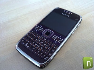 Nokia E72 ungu purple