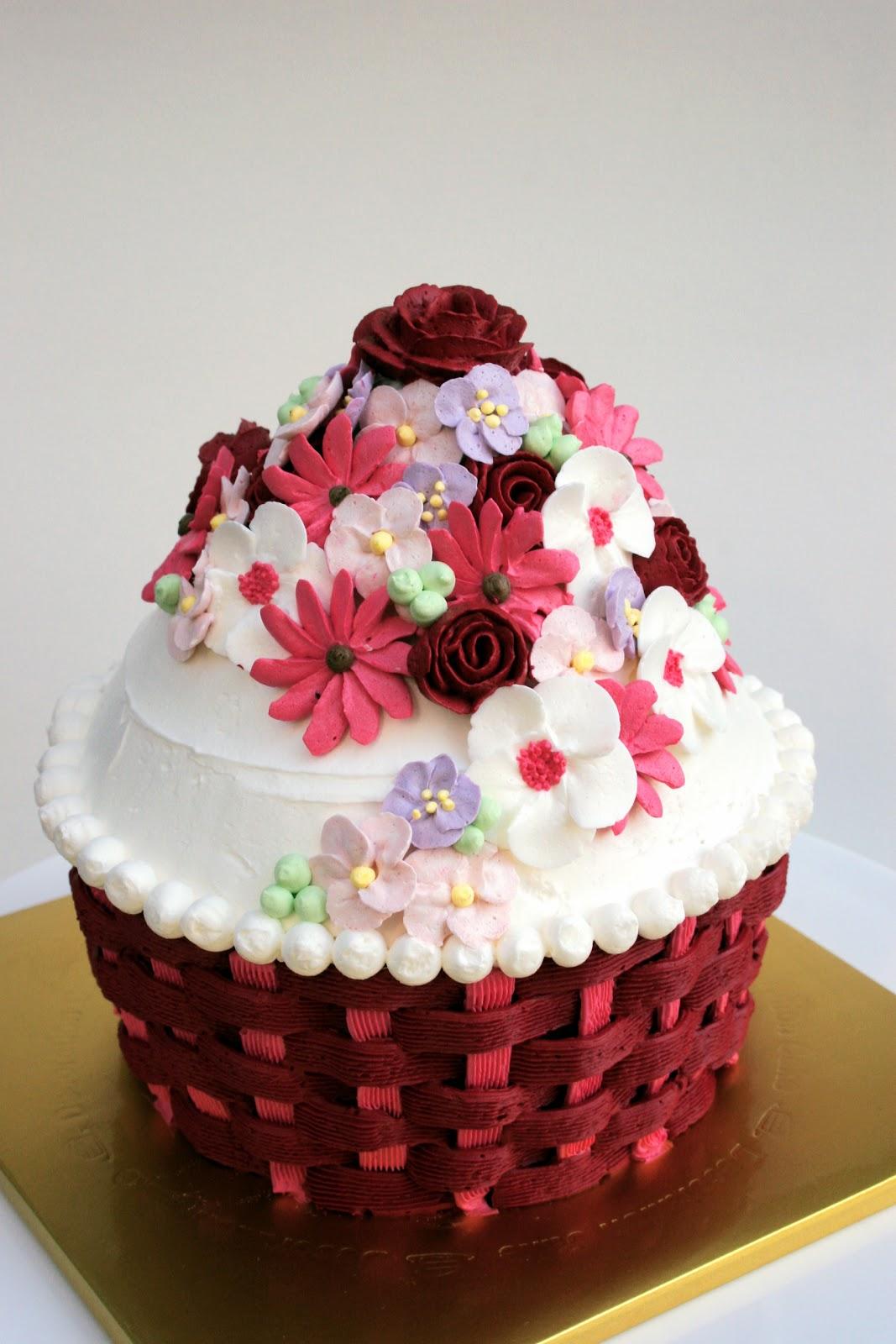 Big Cupcake Decorating Ideas