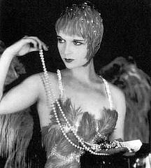WE ART THE 1920S Glamourvia1920