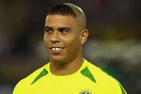 ronaldo hairstyle back. ronaldo cristiano haircut.