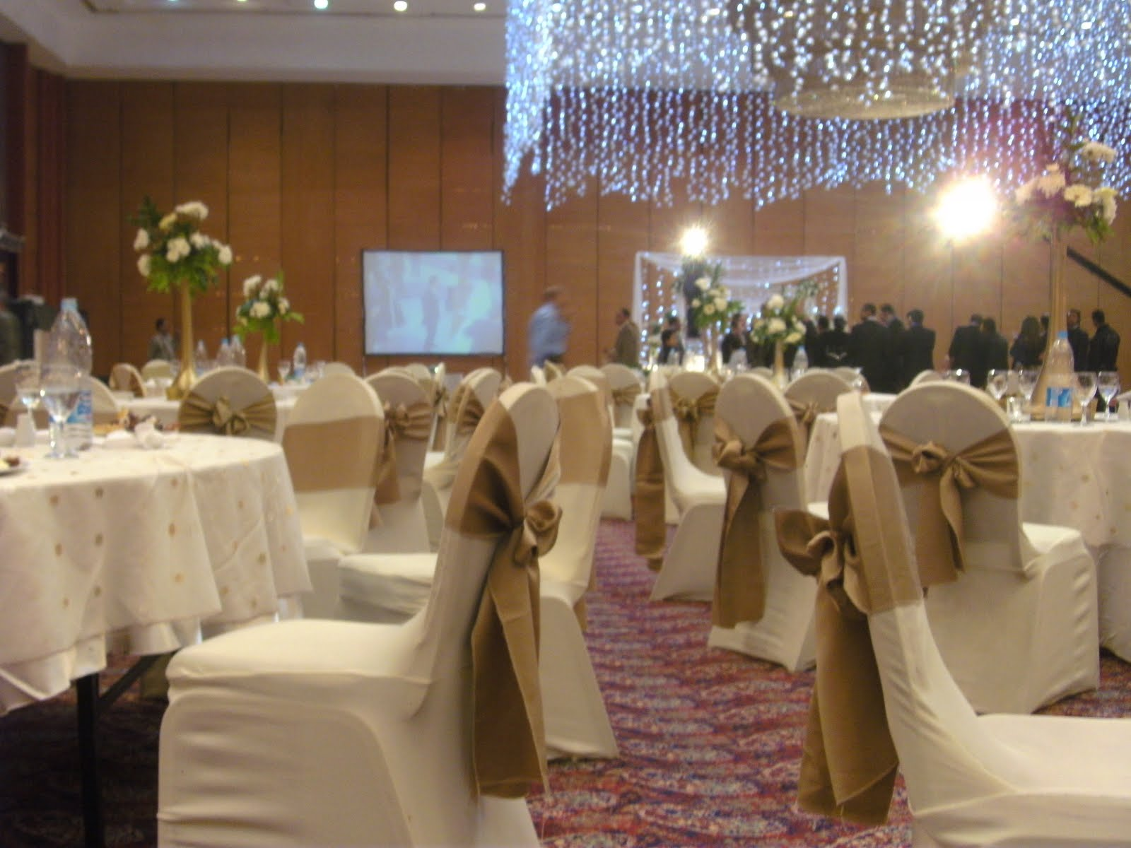 A revert in egypt an egyptian wedding the room where the wedding took place junglespirit Images