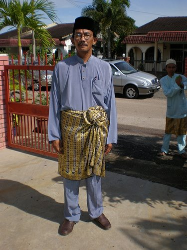 raya lagi