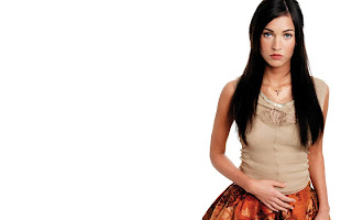 Megan Fox Orange Skirt Wallpaper