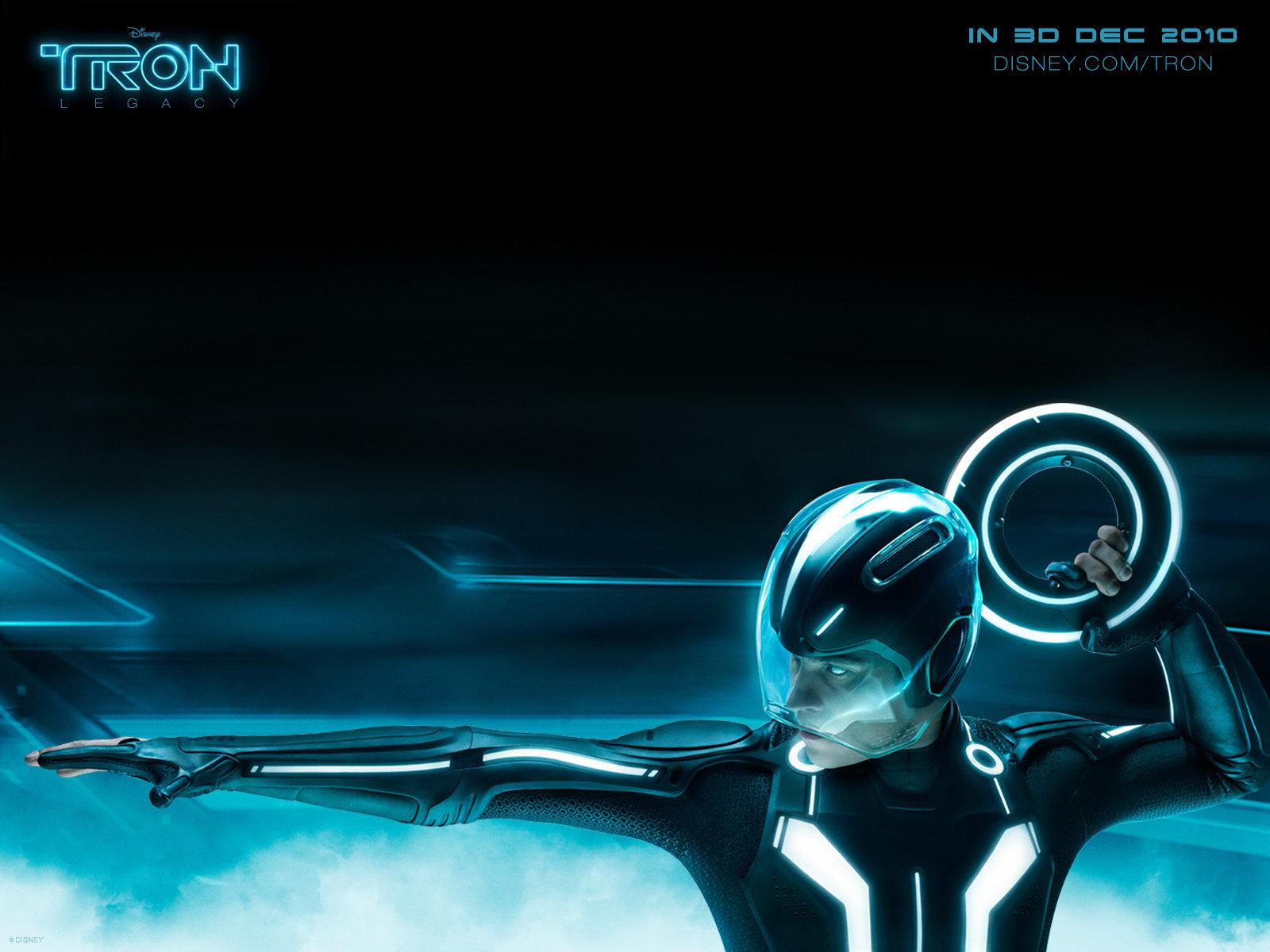 http://1.bp.blogspot.com/_nD_YgZuOadA/TJEj3qkf1SI/AAAAAAAAAuY/ByDQJUvHCGU/s1600/tron_legacy11.jpg