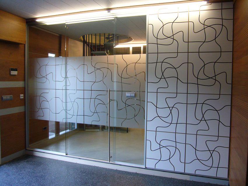Signo gr fico vidrios vinilos decorativos simil esmerilado for Vidrios decorados para puertas interiores