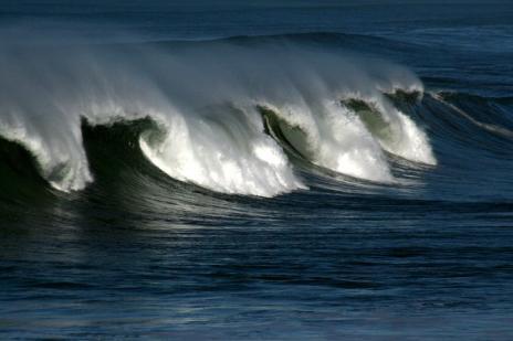 Mengenal Lebih Dekat Gelombang Laut [ www.BlogApaAja.com ]