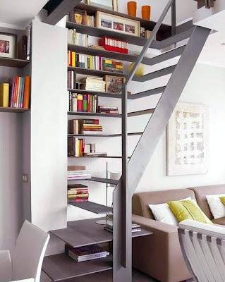 Escalera y biblioteca de diseño original
