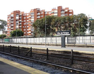 Edificio residencial + ferrocarrill