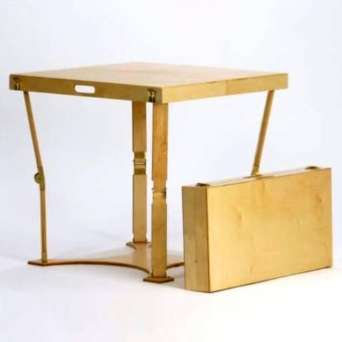 Arquitectura de casas mesa plegable auxiliar en madera for Mesas plegables de pared