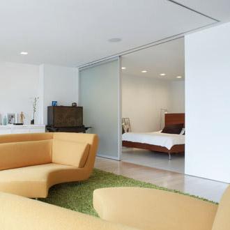 Arquitectura de casas puertas corredizas paneles deslizantes - Tabiques divisorios moviles ...