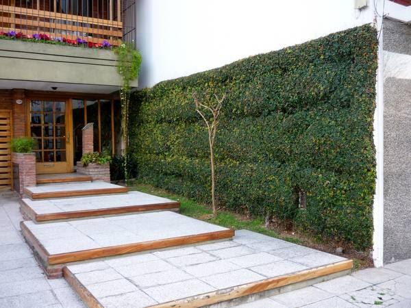 Arquitectura de casas jardines peque os en entradas a for Arquitectura de jardines