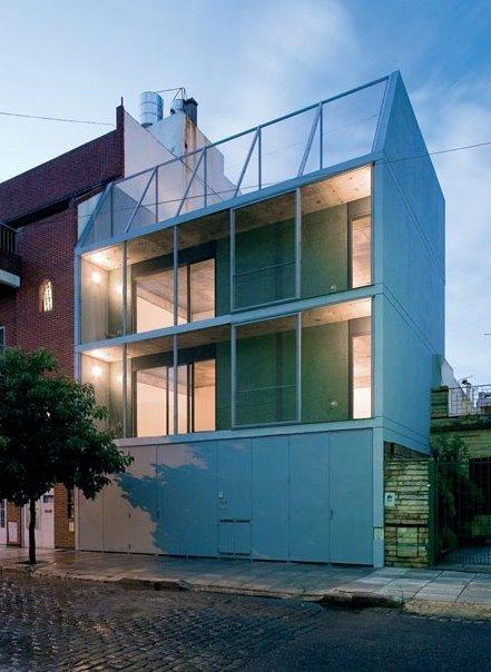 Arquitectura de casas edificio residencial de for Casa minimalista economica