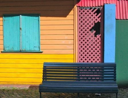 Casas pintadas a colores