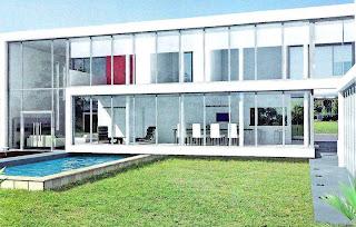 Contrafachada de residencia contemporánea minimalista